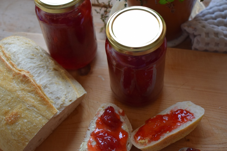 Two easy recipes for homemade jam