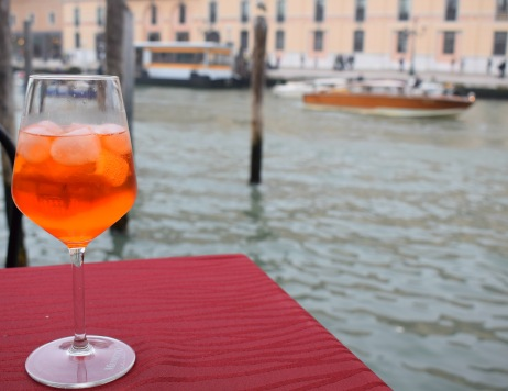 Aperol Spritz by the Canal - unmissable foodie tips for Venice, Italy (Crumbs and Roses blog)