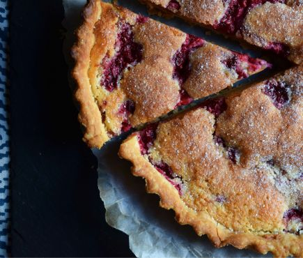 The perfect pudding - raspberry frangipane tart from Crumbs and Roses food blog