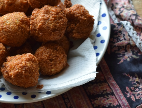 Easy method falafel - perfect for lunchboxes - Crumbs and Roses blog
