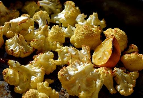 Freshly roasted cauliflower with lemon - Crumbs and Roses blog