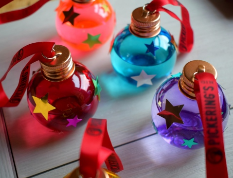 Gin baubles 2