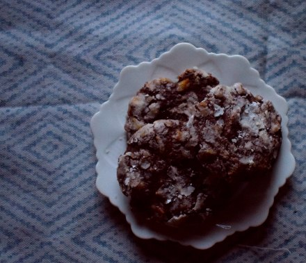 Banana and pecan cookies in winter light - my bad with the photography (Crumbs and Roses