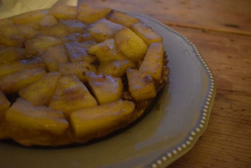 Winter tarte tatin with a tropical twist - Crumbs and Roses